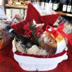 Cesta natalizia panettone e vini Le Favole