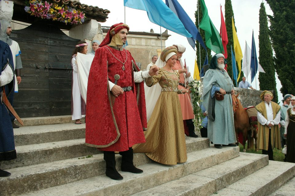 Dame e cavalieri festa medievale castello di Caneva Pordenone